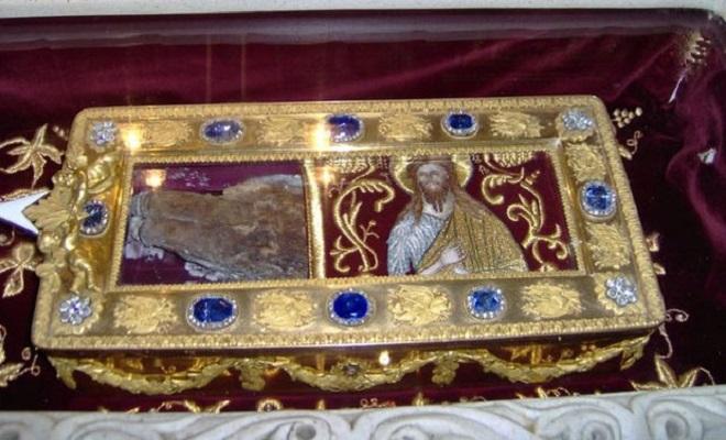 Photo of СРПСКА ЦРКВА ЧУВА СВЕТИЊУ: Судбина руке Светог Јована Крститеља, руке која је крстила Исуса