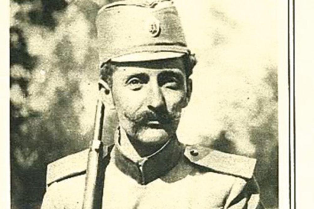 Photo of Бојанић: Воја ни у гробу није лежао мирно… и мртав је плашио своје противнике и окупаторе