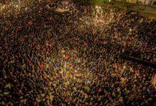 Photo of Овако је било вечерас у Црној Гори која је оборила рекорд, око 250000 људи у литији (видео, фотографије)