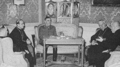 Photo of Војводић: Подвала Србима је теза да папа може у Србију чим се поклони жртвама Јасеновца