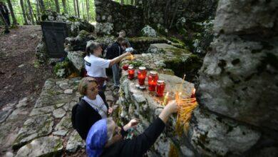 Photo of Басташић: Трагедија наша је да ми Срби немамо ни календар нашег геноцида и страдања